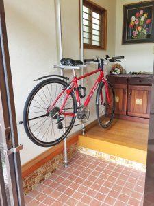 バイク 自作 ロード スタンド 携帯できるロードバイク・クロスバイク用自転車スタンド